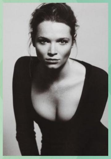 Caroline Herfurth in 2020 | German beauty, Celebrities female, Celebrities