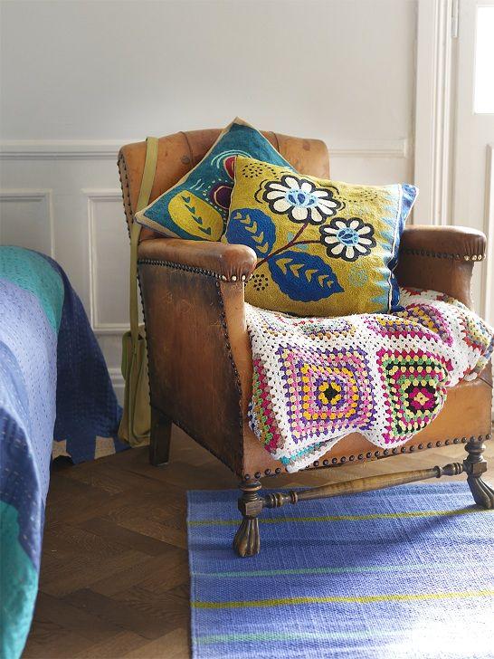 herbst winter 2012 besticktes kissenfutteral 39 astri 39 das kissenfutteral ist mit dem sch nen. Black Bedroom Furniture Sets. Home Design Ideas