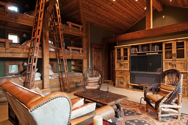 My dream ski house with these cool bunkbeds!!  Love it