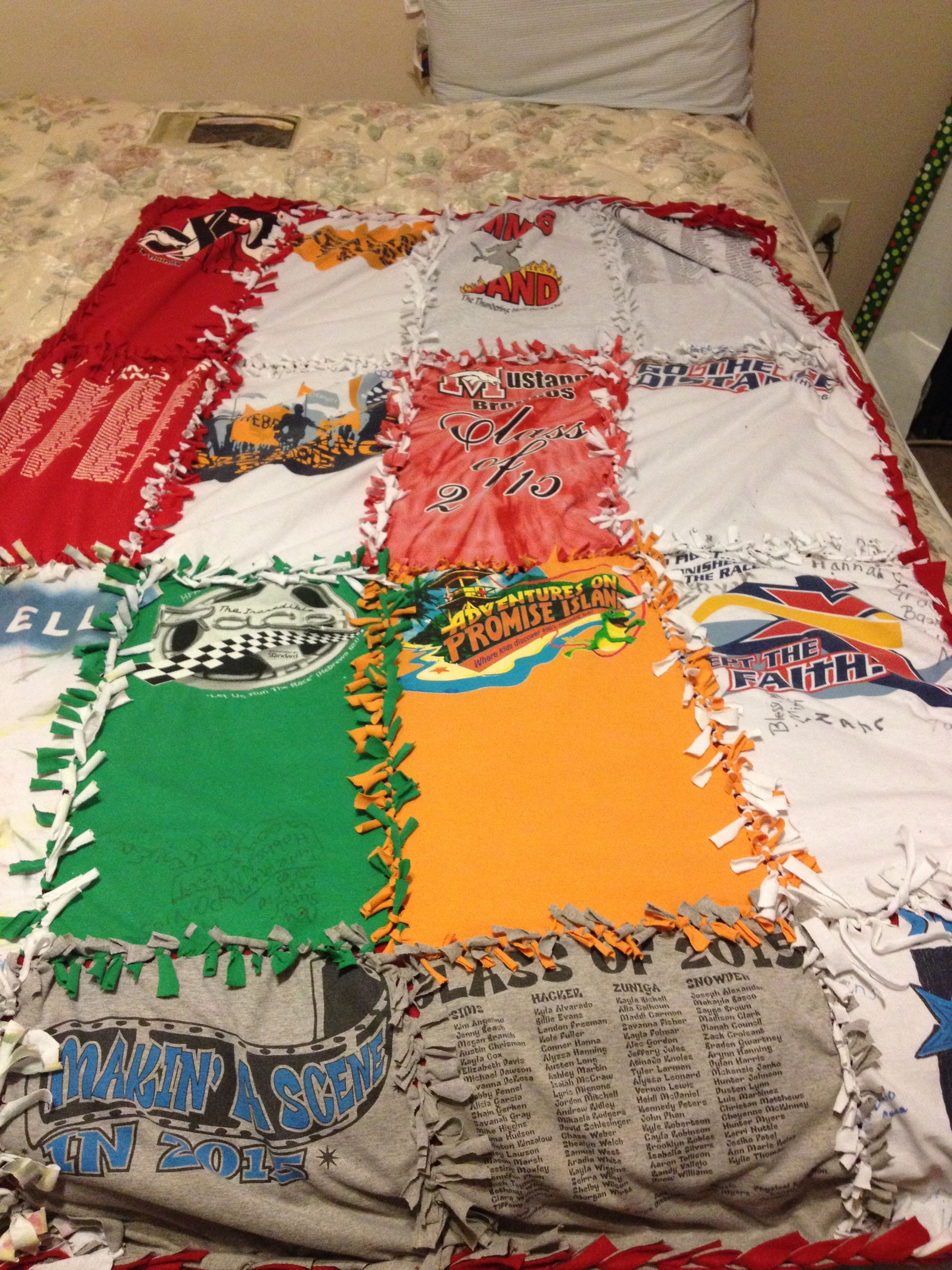 how to make a t shirt quilt without a sewing machine