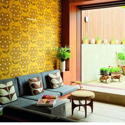 I Love The 50/60u0027s Inspired Items And Patterns Made By Orla Kiely. Here Is  Her Home. Love The Wallpaper.
