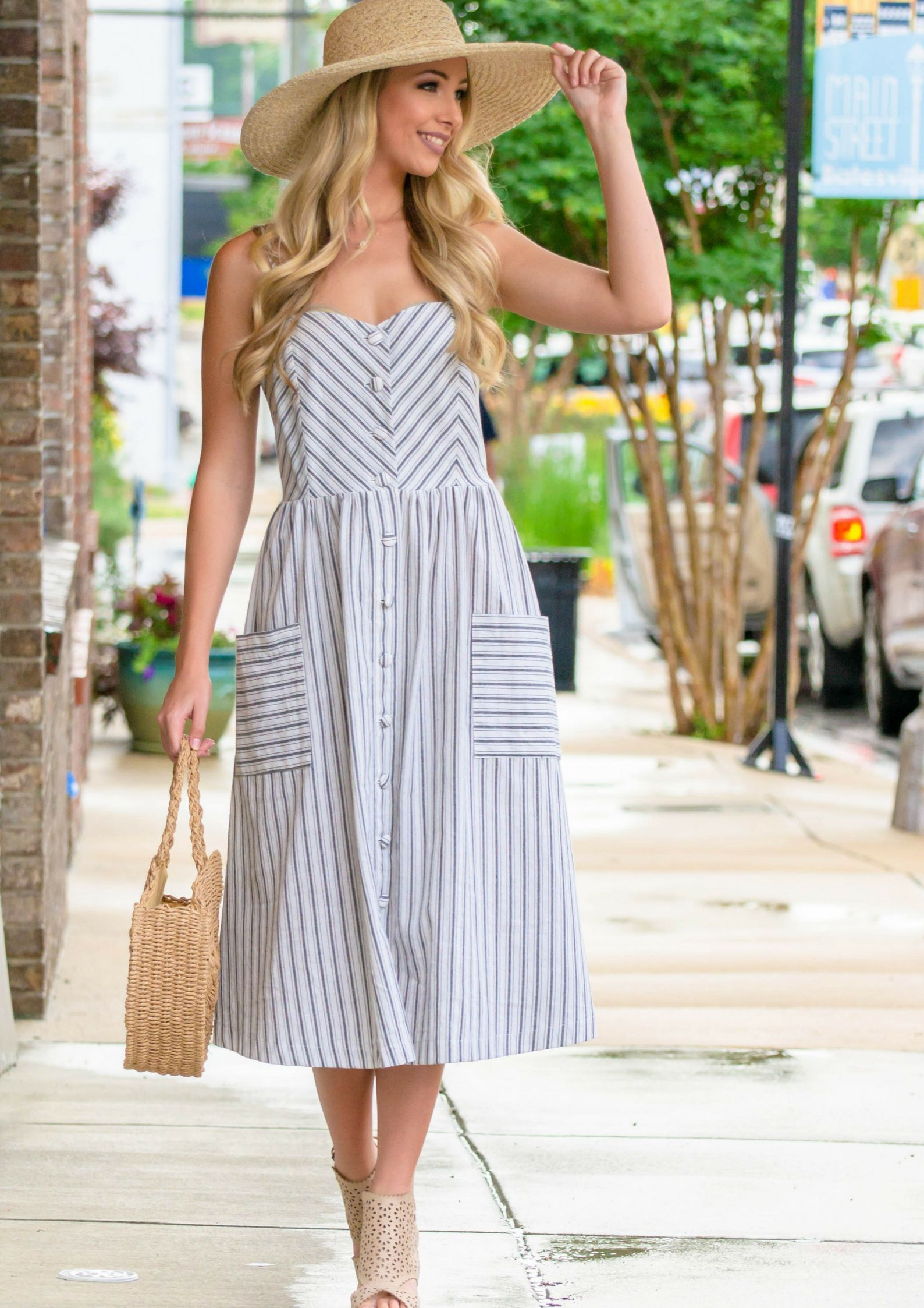 3a7405a44e0 How To Style A Summer Outfit With a Pinstriped Midi Dress  fashion  style   dress  dresses  sundress