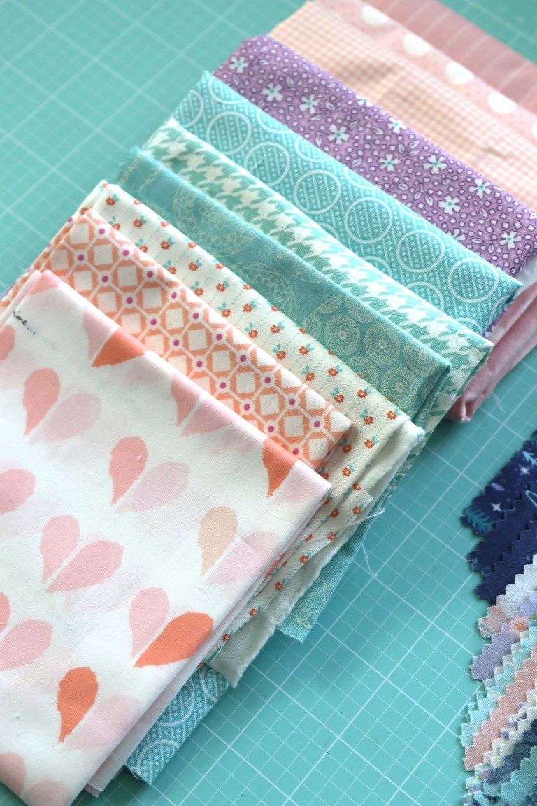 Tips for Using your Fabric Stash to Make Great Patchwork Quilts is part of Fabric stash, Patchwork quilts, Handmade quilts, Quilting blogs, Quilts, Quilt fabric - 5 Tips for making your patchwork quilts more interesting including using precut charm squares and pulling fabric (including Blenders) from your stash