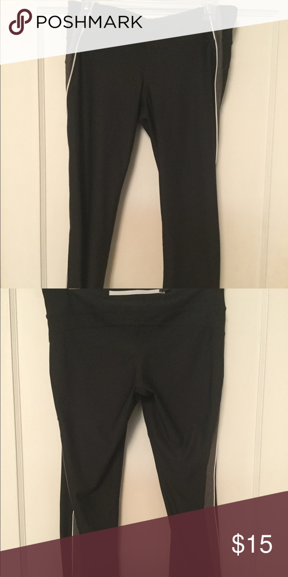many fashionable latest selection of 2019 competitive price XERSION WORKOUT Capri leggings black M XERSION WORKOUT ...