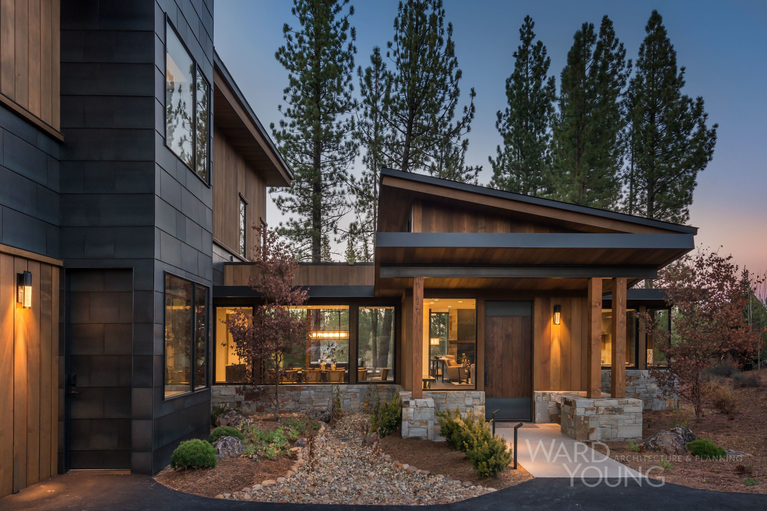 4 400 Sf Mountain Modern Home Ovrelooking The Golf Course Features Include 4 Bedrooms An Attached Mountain Home Exterior House Exterior Modern Mountain Home