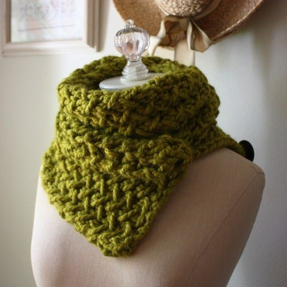 Knitting Pattern / Cowl Scarf / Chunky Oversized Textured ...