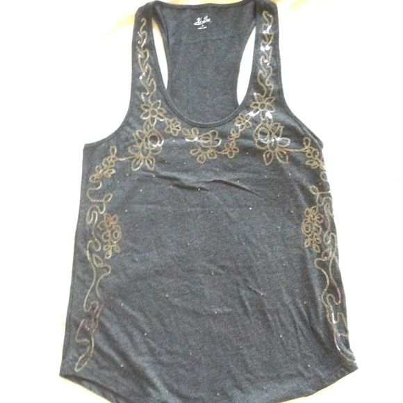 Charcoal Gray Beaded Madewell Tank Excellent condition tank from Madewell. It has beads throughout the shirt, all are intact. I only hand washed this shirt! Comes from a pet free and smoke free home. Madewell Tops Tank Tops