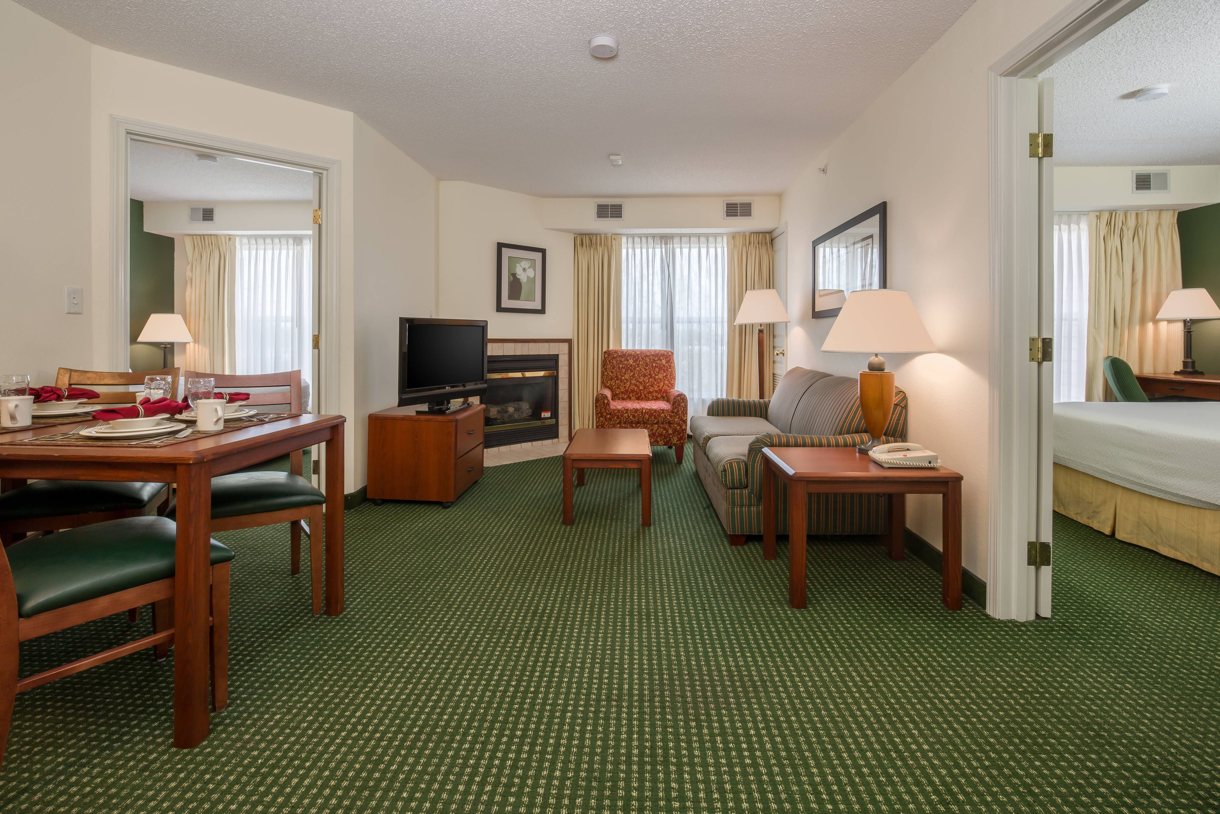 Residence Inn Houston North Two Bedroom Suite Guestroom Relax Suite Bedroom Hotel Bedroom Suite Hotel Suites