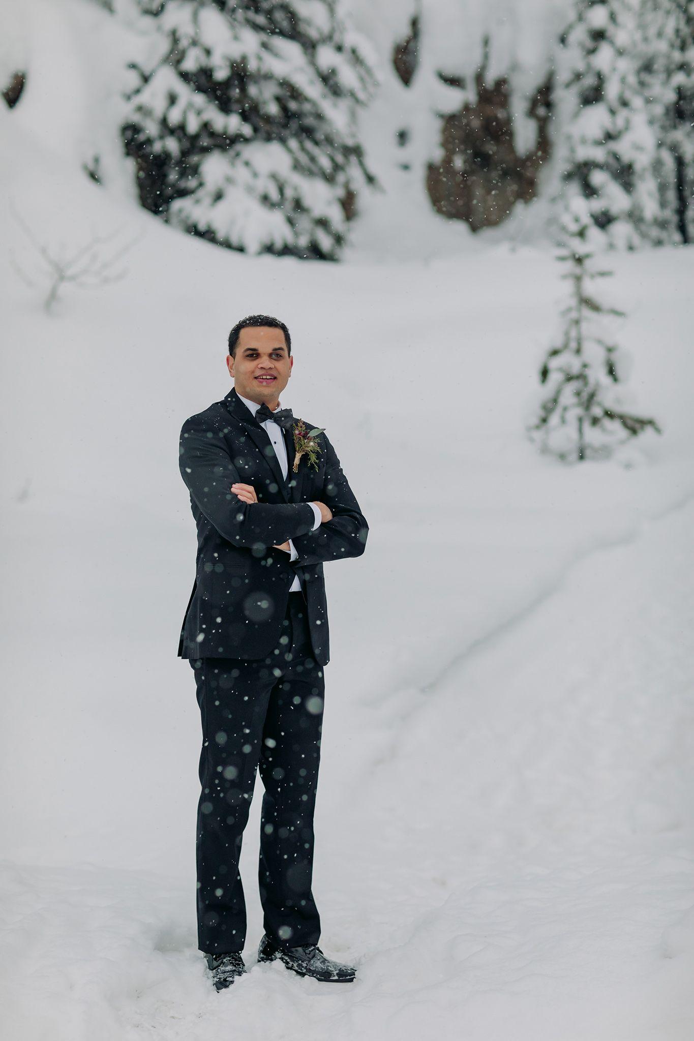 Real Life Snow Globe Emerald Lake Lodge winter wedding ...