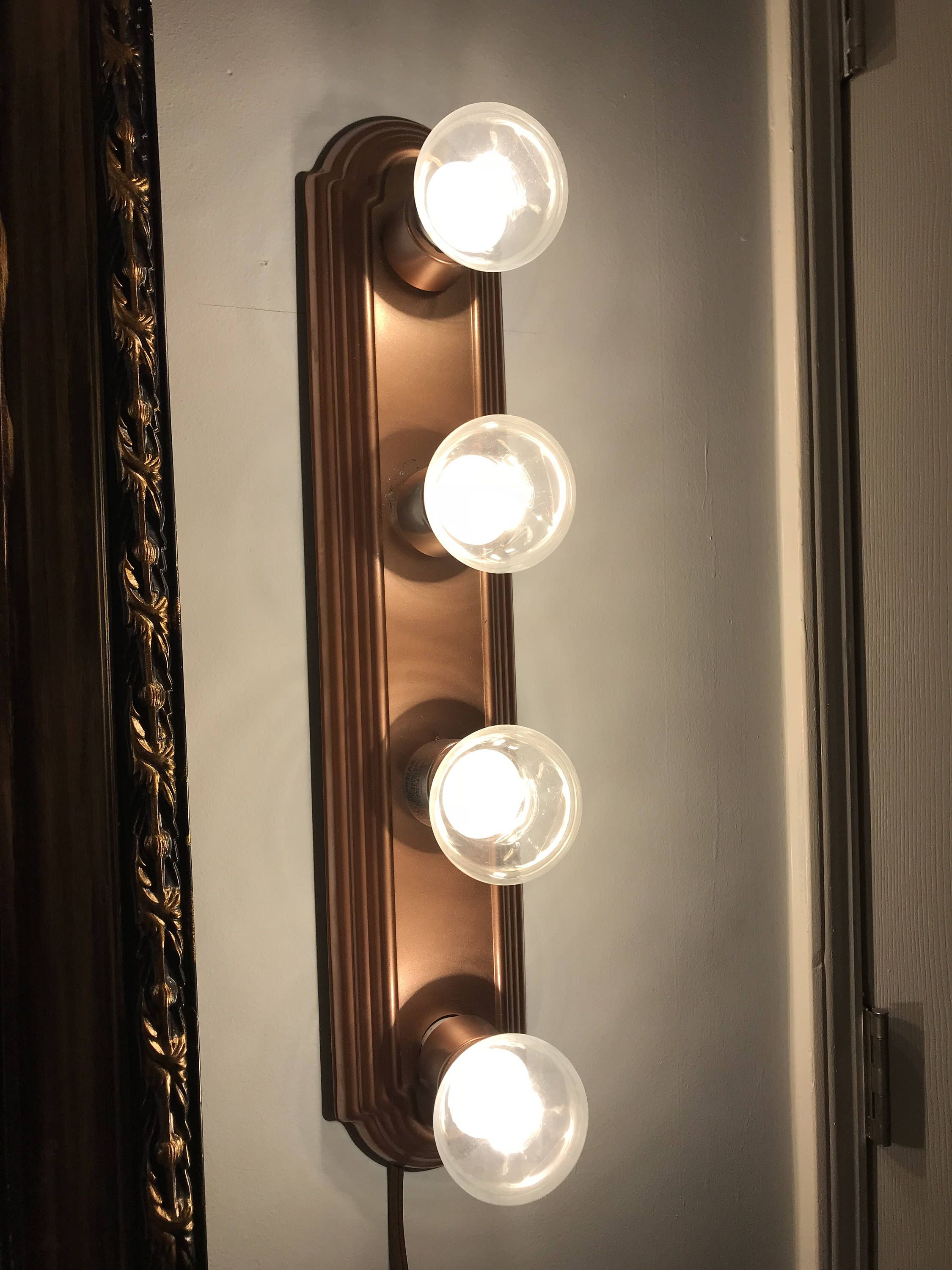 Hollywood Style Bar Vanity Light Fixture/ 4-Bulb | Vanities ...
