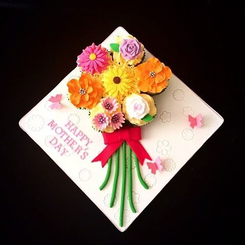 #glowcandles #cake #birminghamcakes #motivation #cakejar #dessert #juscakin #photo #atlfoodie #chocolate #bebold #starbucks #delicious #indulge #weship #foodie #sprinkles #cakeboss #sugarjar #bakery #milkshake #sweet #progress #2016 #mothersdaycupcakes #mothersdaybouquet #instacool #like4like #followme #likeforlike
