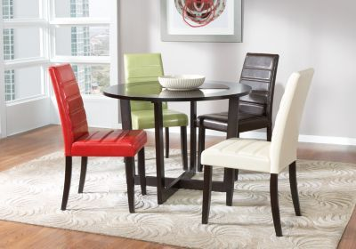 Mabry Brown 5 Pc Dining Room Rooms To Go Furniture Round Dining