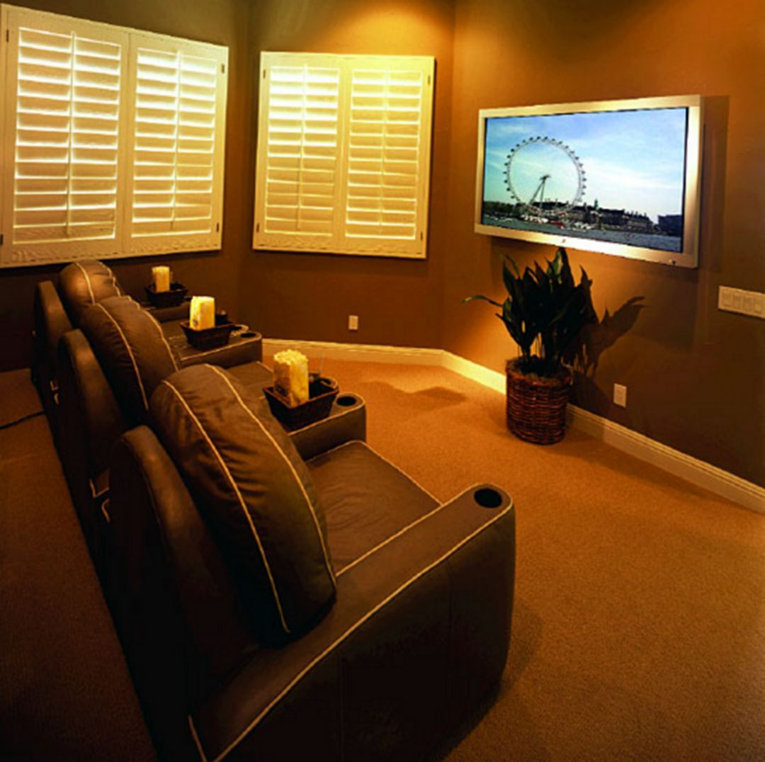 Cozy Home Theater: 50+ Cozy Small Movie Room Design Ideas For Your Happiness