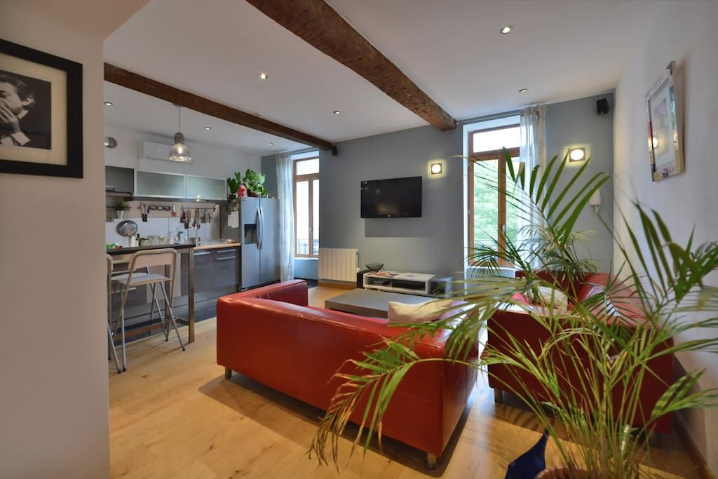 Le salon  cuisine ouverte (climatisé) Sweet home Pinterest