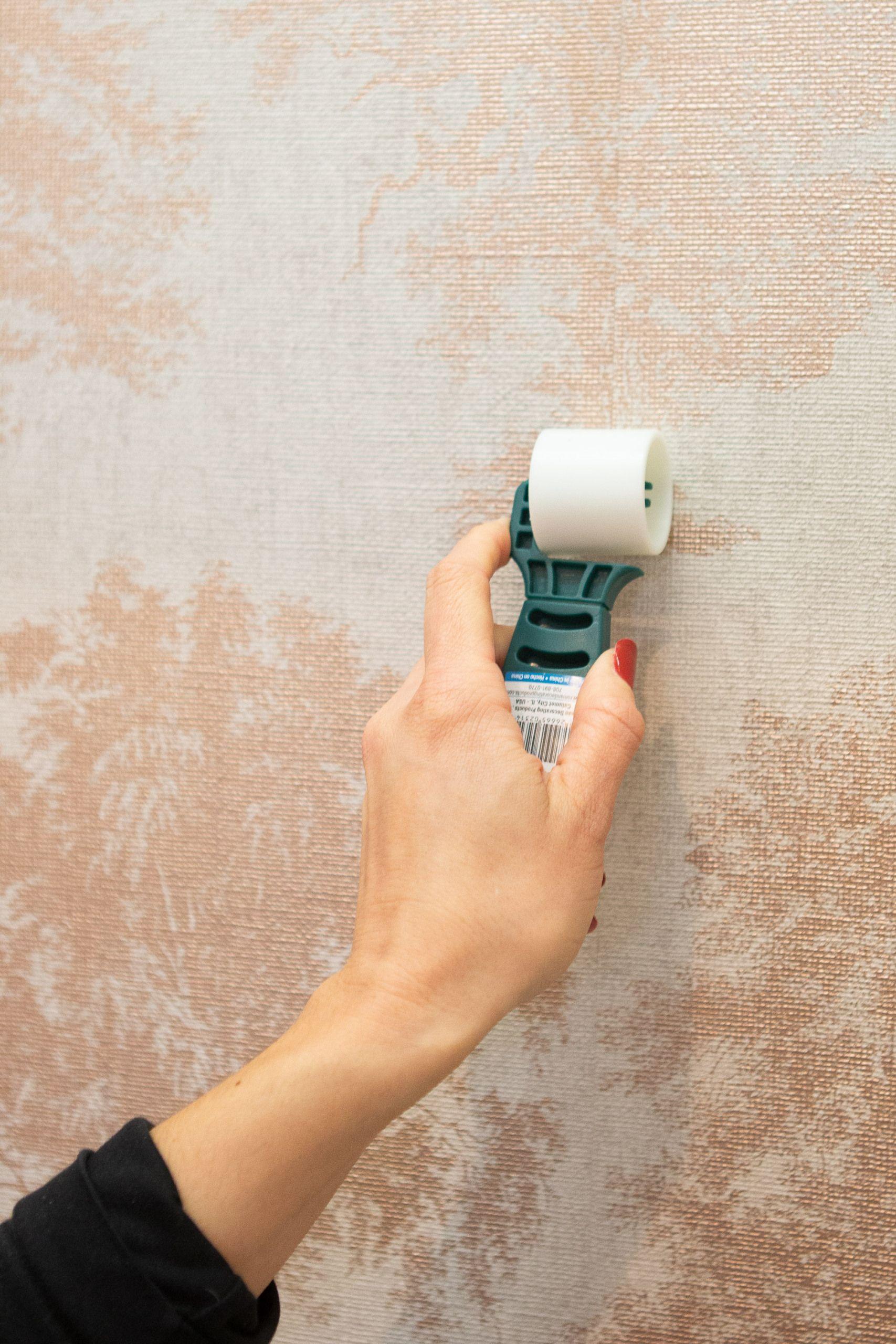 How to Wallpaper a Closet Diy playbook, Diy wallpaper