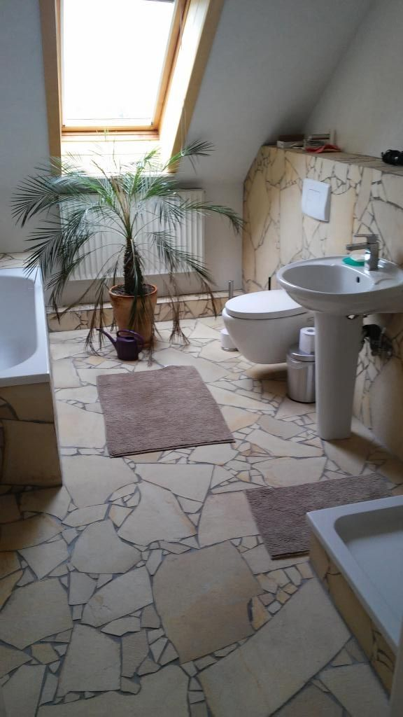 Fantastisch Großes Bad Im Toskana Style Mit Palme Und Terrakotta Fliesen. #Bad #