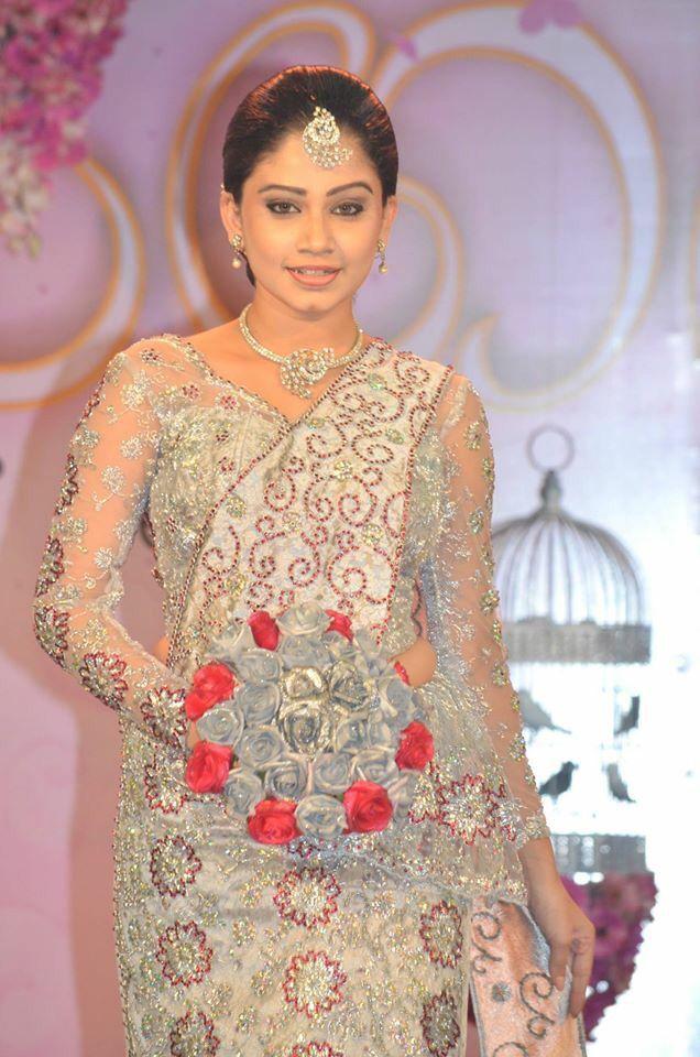 Modern Kandyan Bride Wedding Wedding Saree Blouse