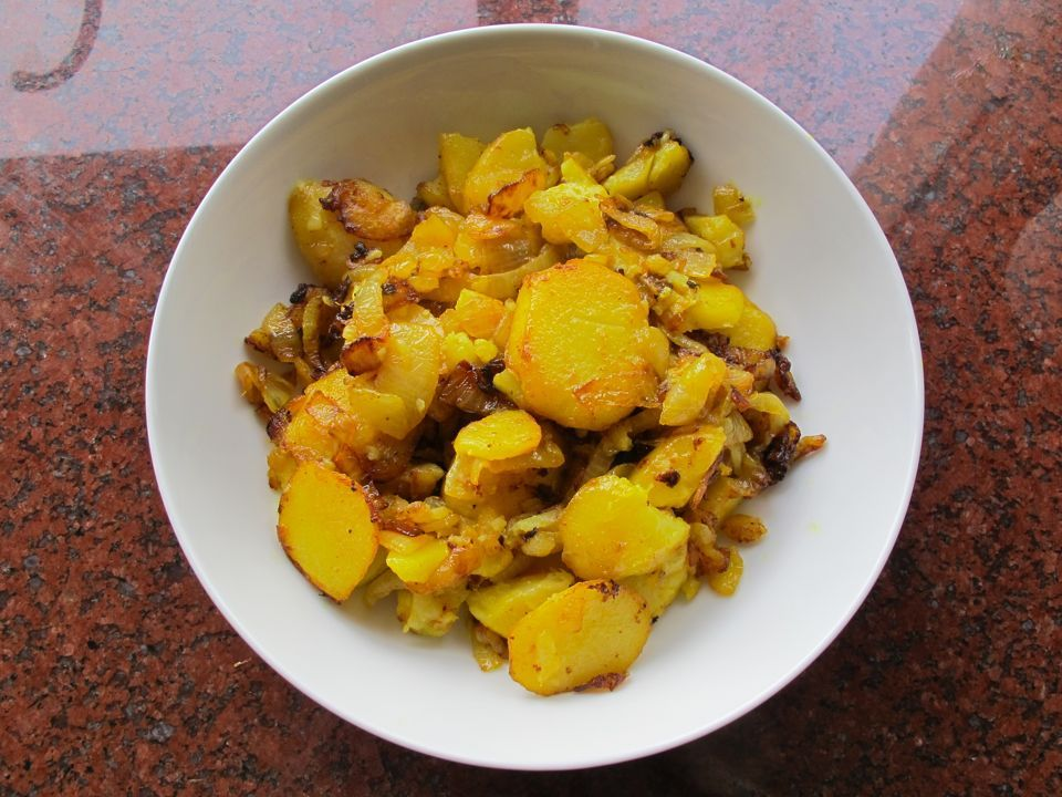Potato bhajee recipe cuisine potato bhajee vintage jewish kosher indian recipe forumfinder Image collections