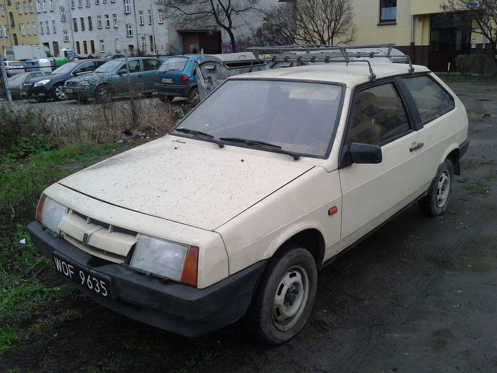 Lada 2108