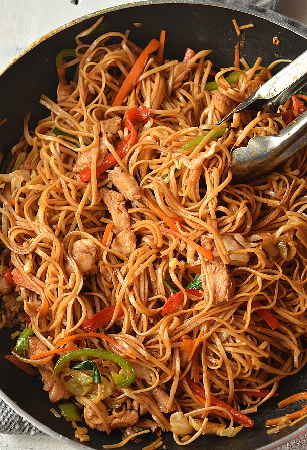The 30 Minute Ultimate Spicy Chicken Lo Mein Recipe Spicy Chicken Lo Mein Recipe Lo Mein Recipes Chicken Lo Mein Recipe