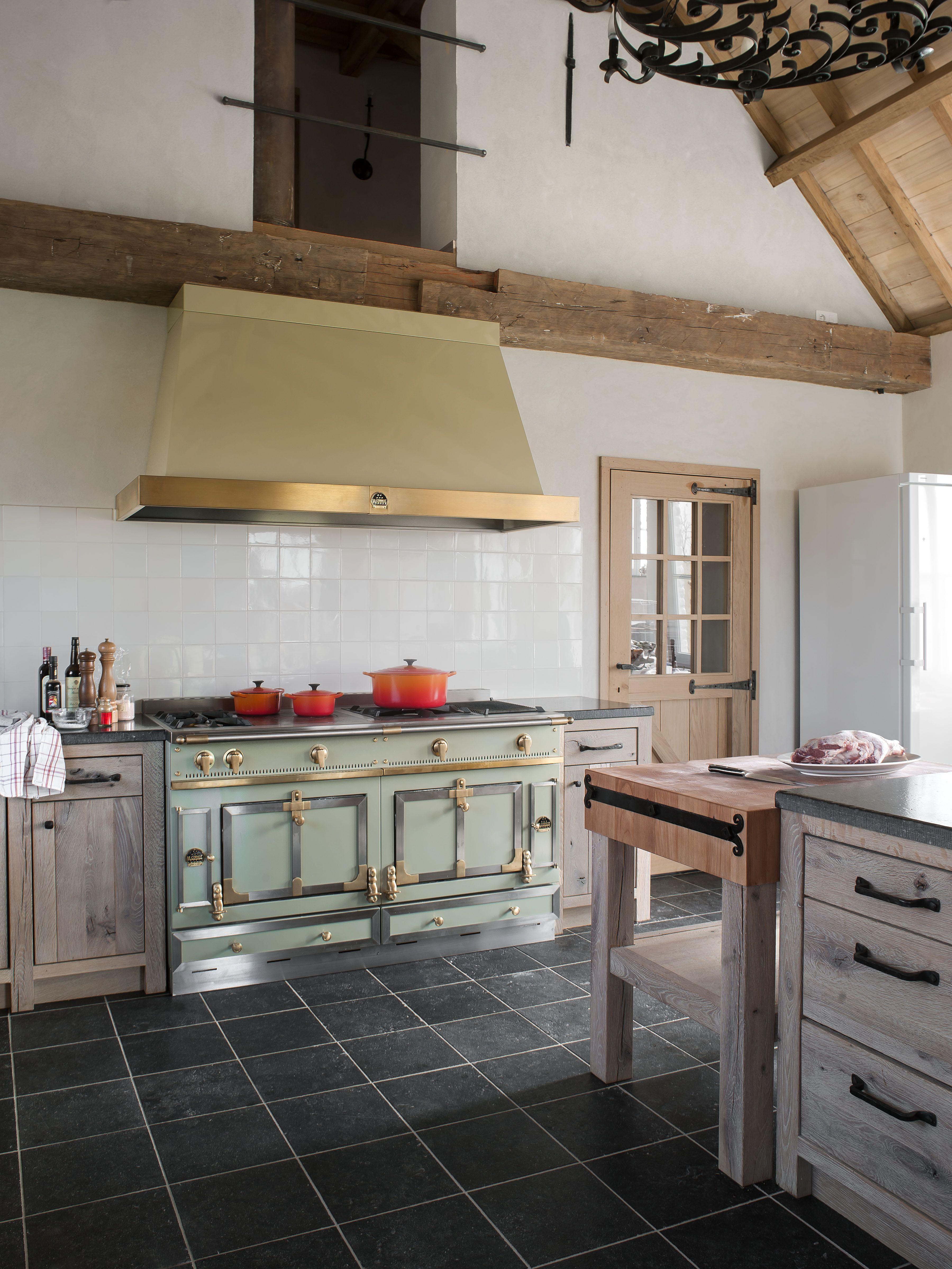 Épinglé par La Cornue sur French Chef Kitchen | Inspiration cuisine, Cuisinière ancienne, Cuisine