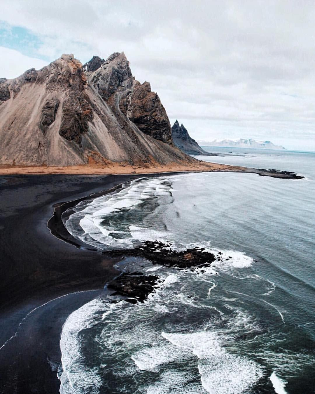 black sand beaches of stokksnes iceland via onreact. Black Bedroom Furniture Sets. Home Design Ideas