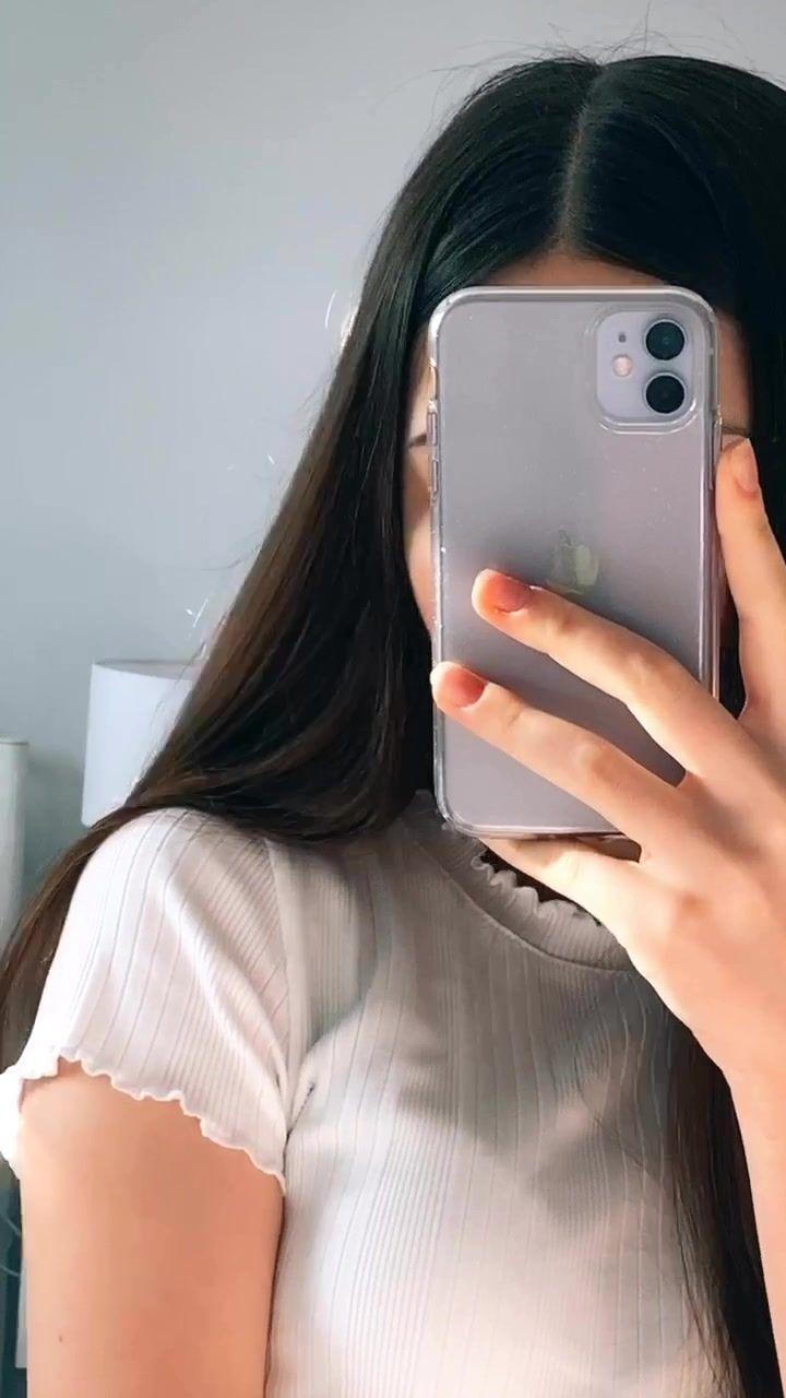 Pin By Aposii On Random Things Mirror Selfie Girl Mirror Selfie Poses Selfie Ideas Instagram