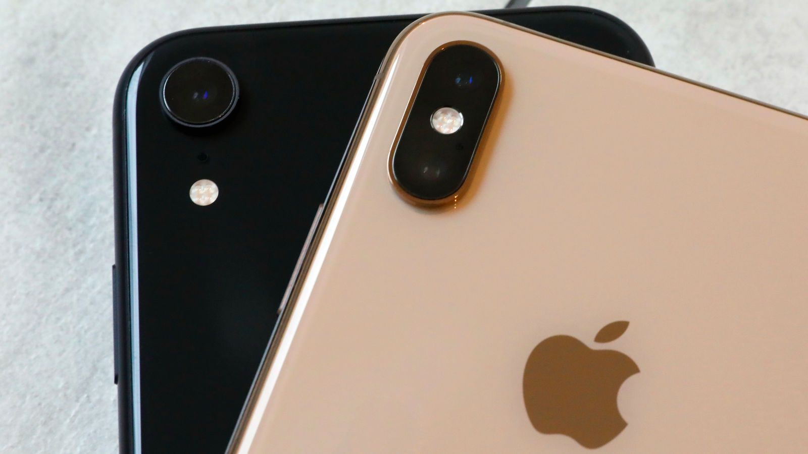 Some iPhone Apps May Be Recording Users' Screens Without