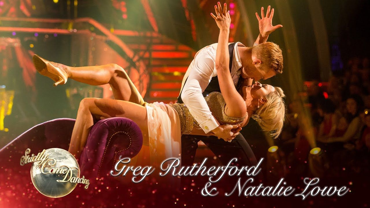 Greg Rutherford & Natalie Lowe Viennese Waltz to 'You Don't Own Me' by G...