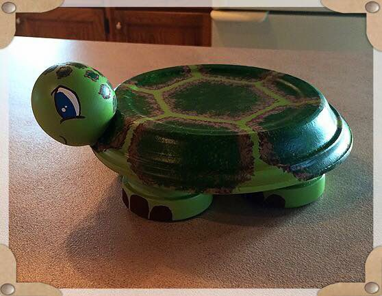 A Cute Little Turtle Made From Clay Pots And Saucers Clay Pot Crafts Terra Cotta Pot Crafts Clay Flower Pots