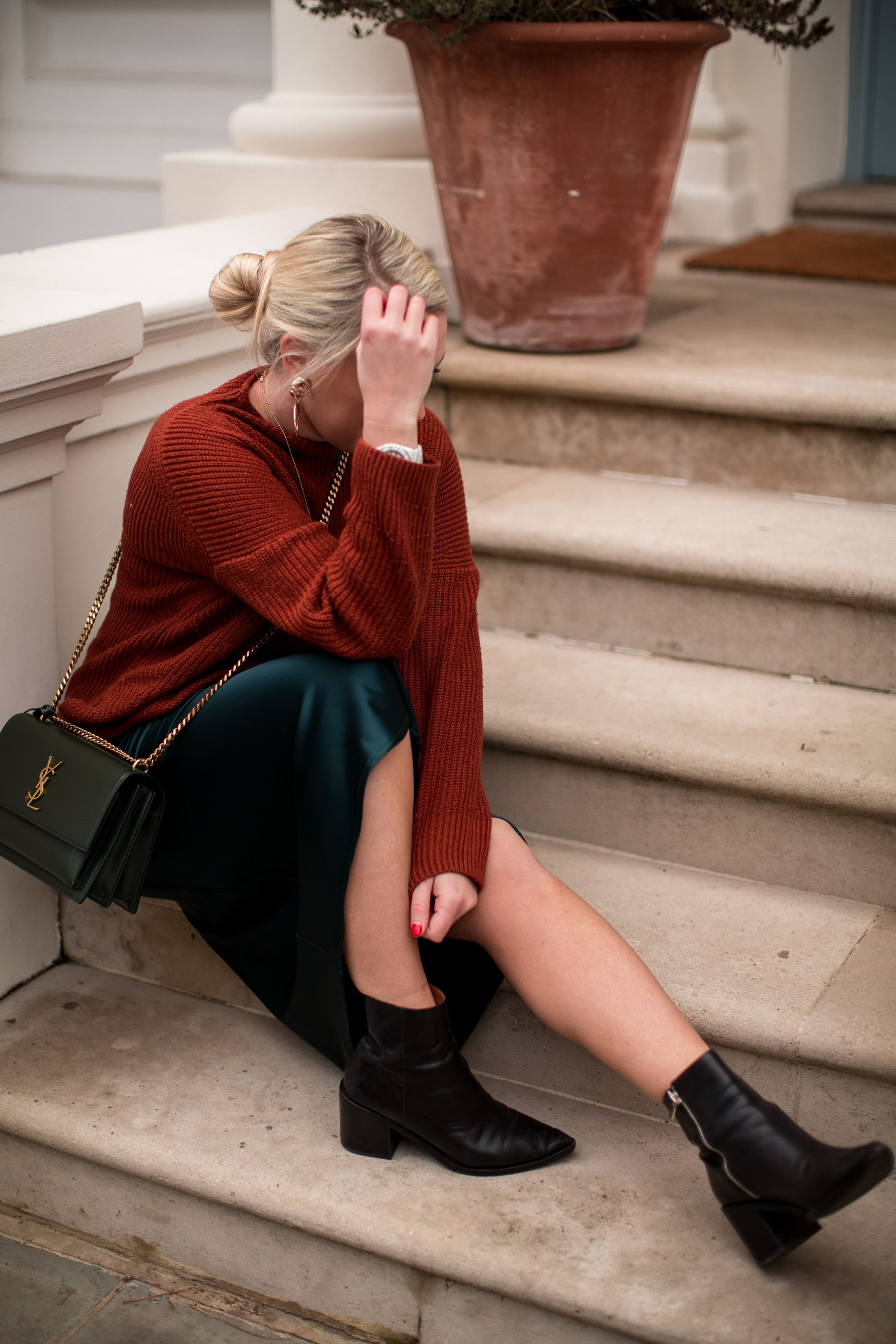 d8bebb42a2 THE TOPSHOP BIAS SKIRT & HOW TO STYLE IT   F A S H I O N   Fashion ...