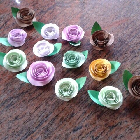 Rositas de papel en espiral