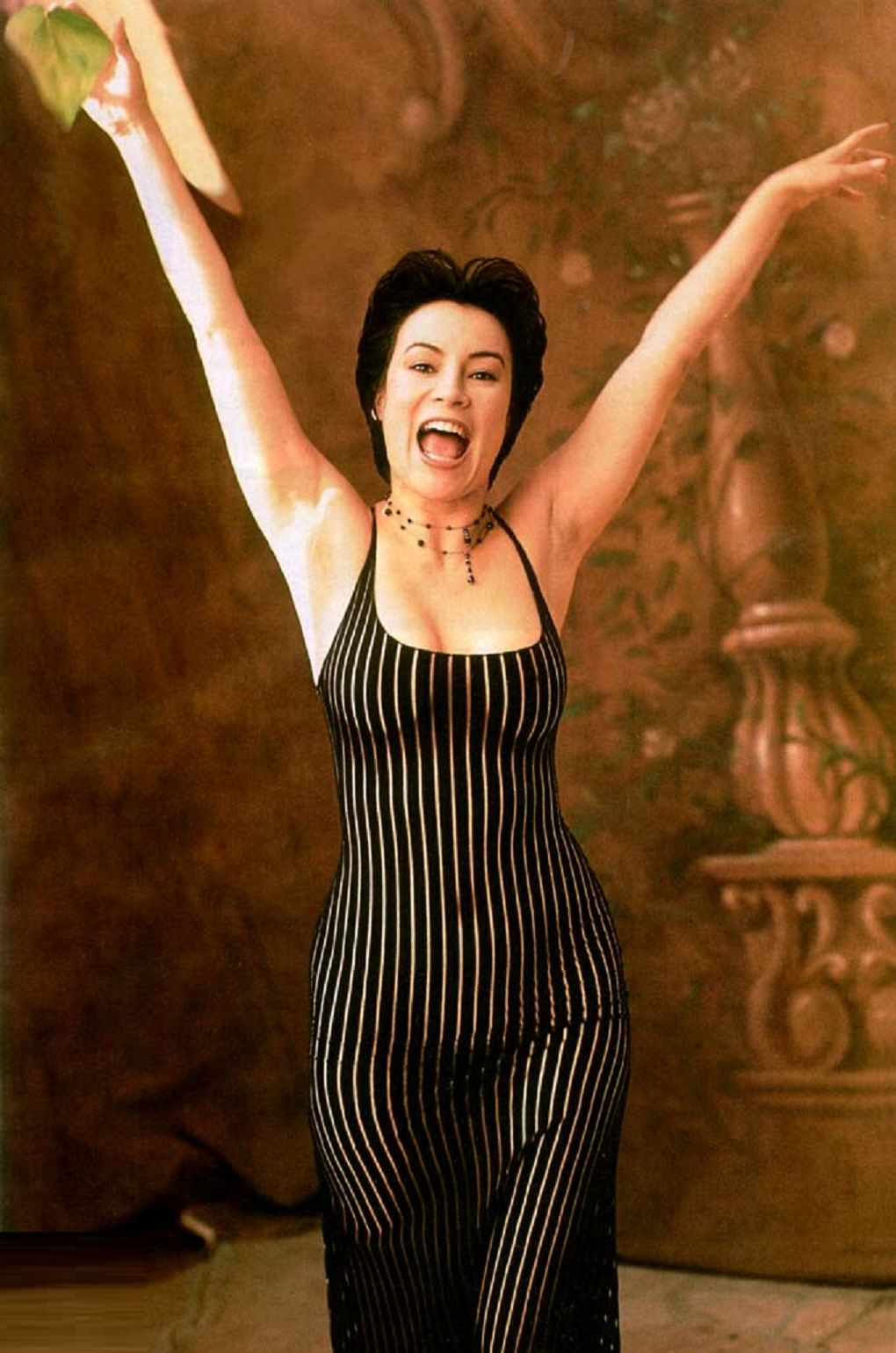 young jennifer tilly naked
