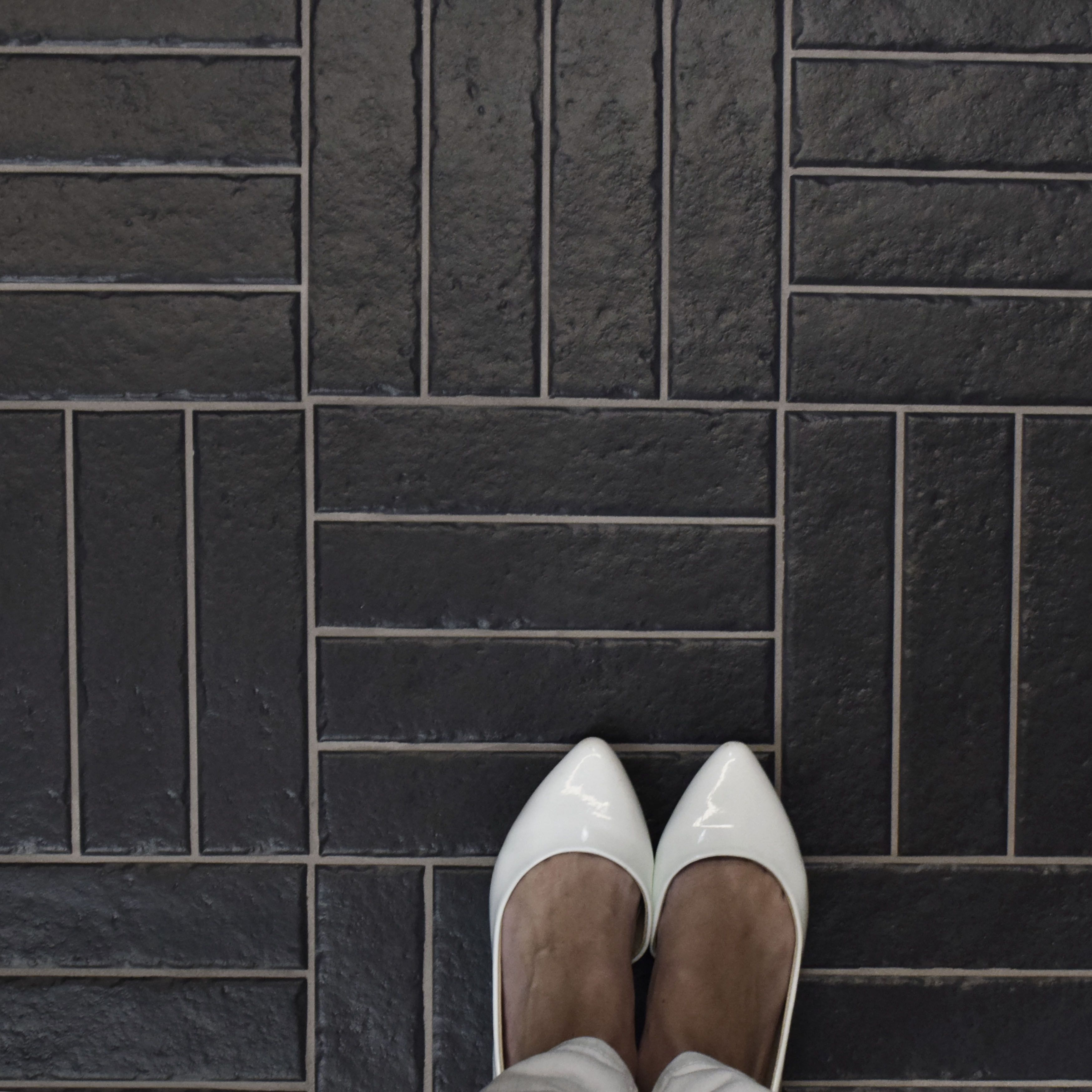 Somertile 2375x95 Inch Brooklyn Brick Floor And Wall Tile