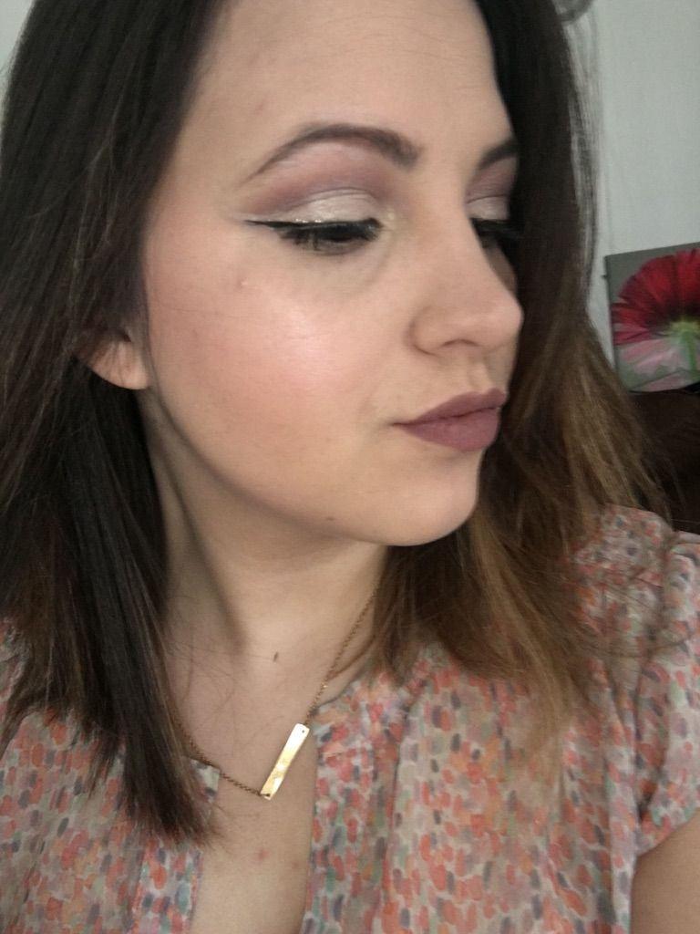 One of my favourite looks right now are cut creases ccw also help