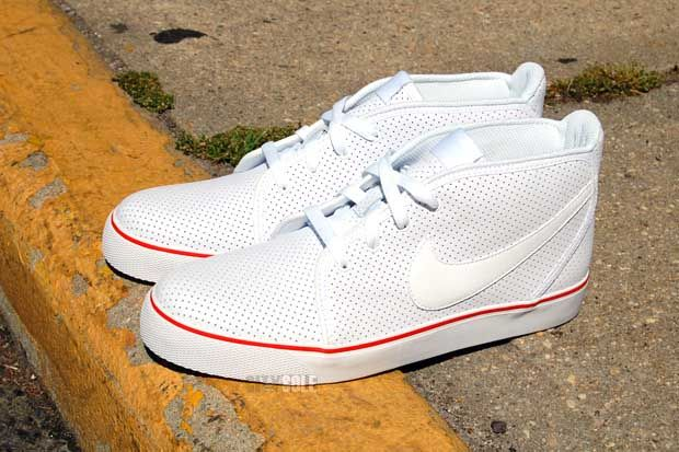 compromiso Cuna pavo  Nike Toki ND White / White - Spice   Nike, Nike air force sneaker, Summer  sneakers