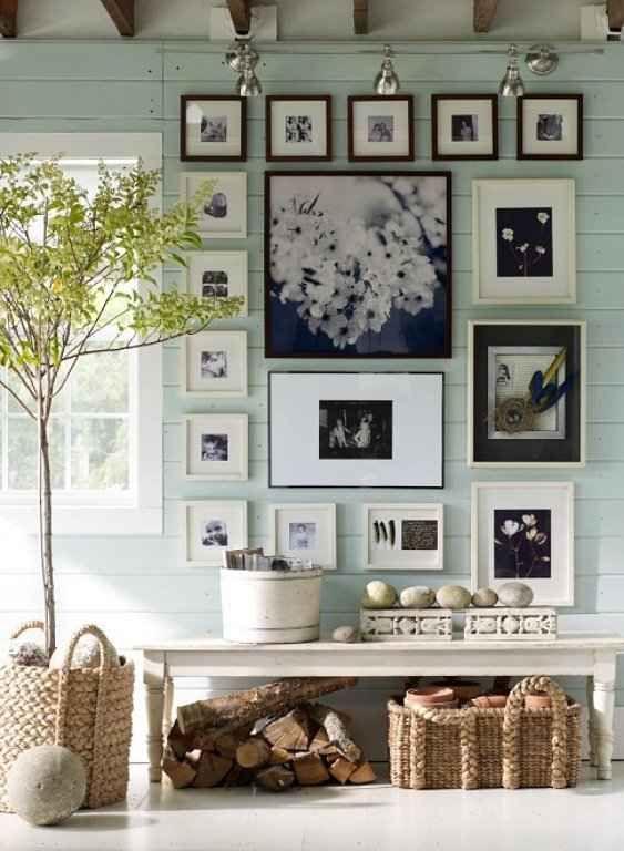 decorar paredes con cuadros 6 cuadros by Mirela Urtiberea