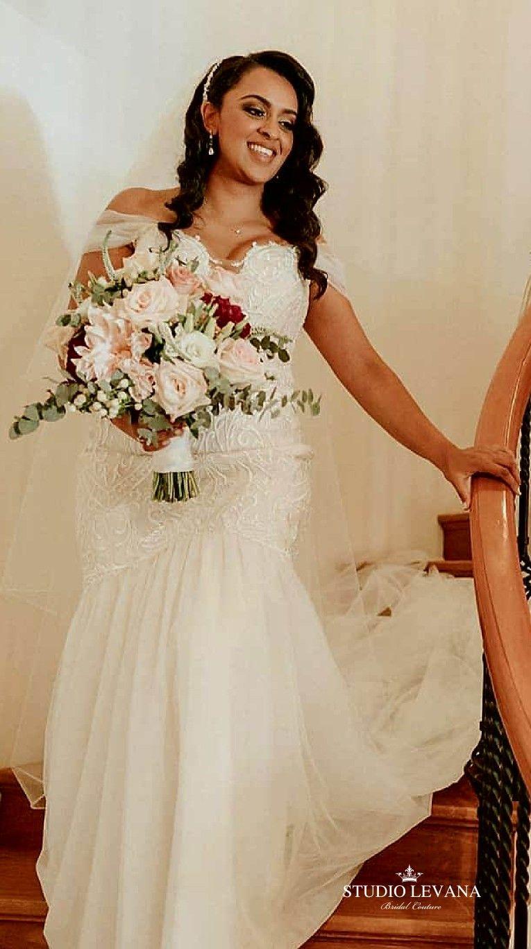 Real Bride In Beautiful Curvy Mermaid Wedding Gown With Tulle Off Shoulder Straps Kris Studio Leva Wedding Gowns Mermaid Plus Size Wedding Gowns Curvy Bride [ 1368 x 765 Pixel ]