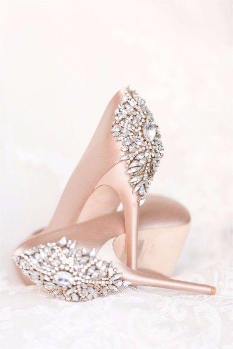 380b62c8a Sapatos de noiva - cor rosa chá e detalhe em pedrarias | NŐI cipők ...
