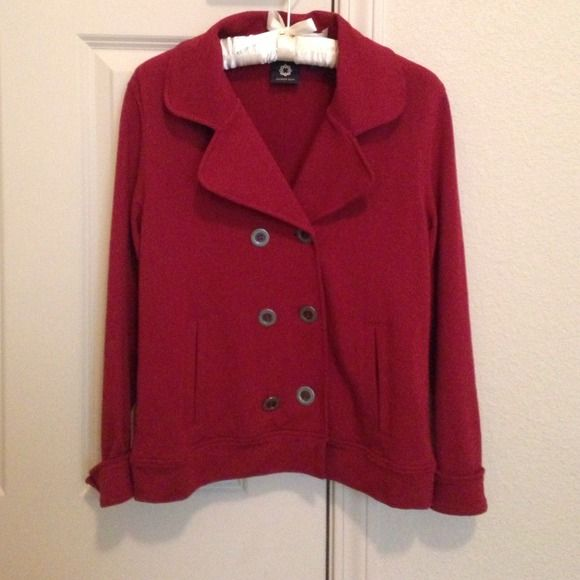 Amber Sun dark red spring jacket I size small Purchased in Nordstrom. Fits like normal size small. All sales are final. Happy bundle Amber Sun Jackets & Coats