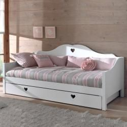 Photo of Reduced pull-out beds & tandem beds