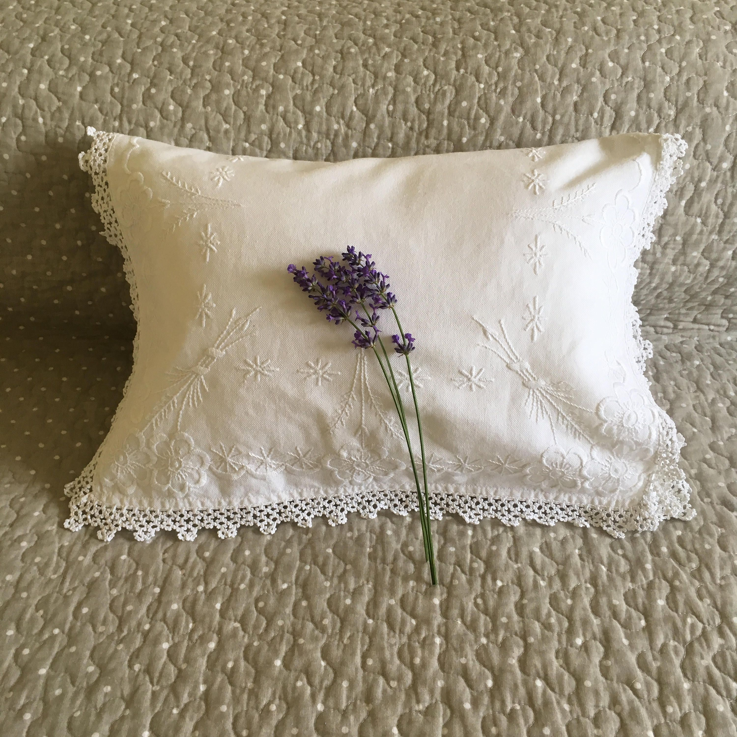 Victorian Embroidered Cushion Cover, Antique Linen, Hand Embroidered, Baby  Pillow, Bedroom Decor