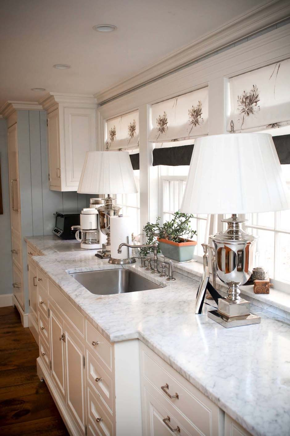 Low window behind kitchen sink   beautiful and inspiring lightfilled kitchens with white