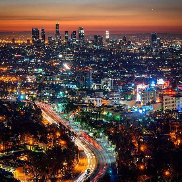 La On Fire Shot 28 November 2014 At 5 45 A M Image Credit Andy Cisneros Los Angeles Sunset Cityscape Photo