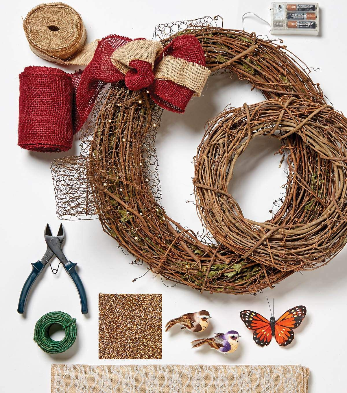 How To Make Handcrafted Chicken Wire Wreath | wreaths | Wire wreath