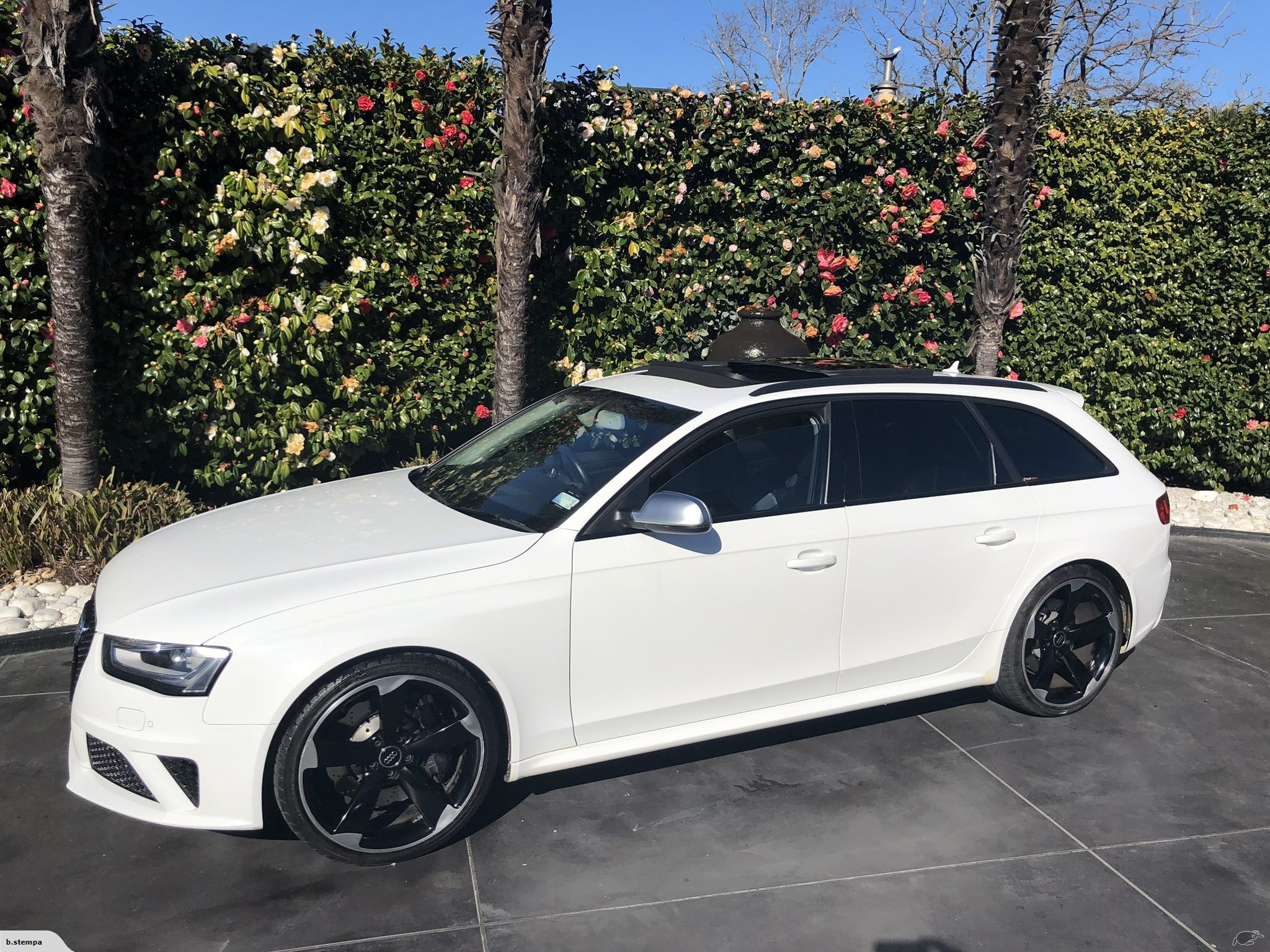 Audi RS4 B8 Sport with Black Styling Package 2013 Trade