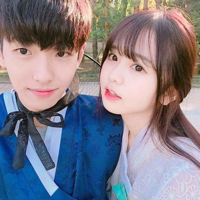 Ghim Của Tae Tae Trên Couple Ulzzang