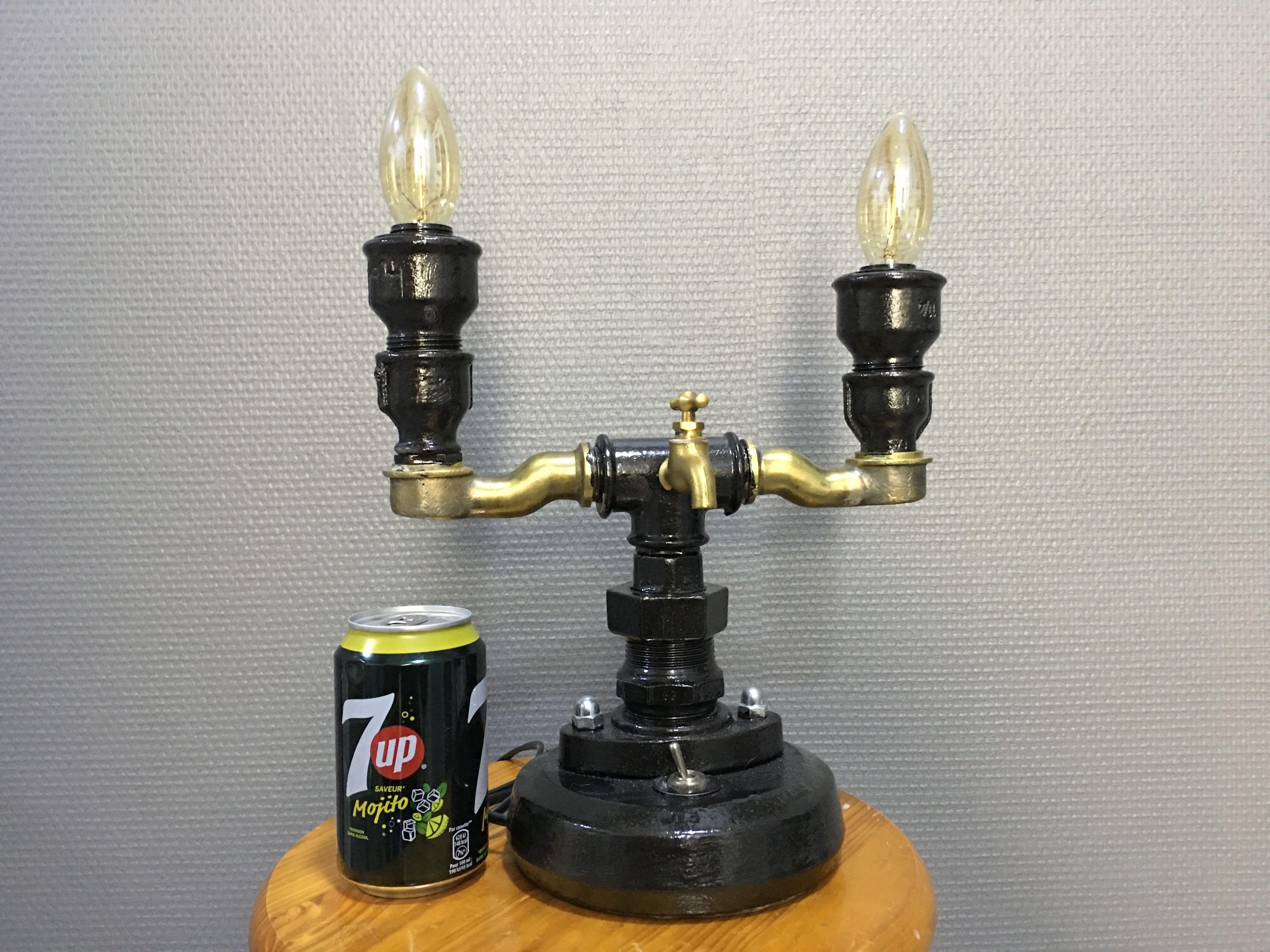 LAMPE originale pi¨ce unique style industriel 2 ampoules