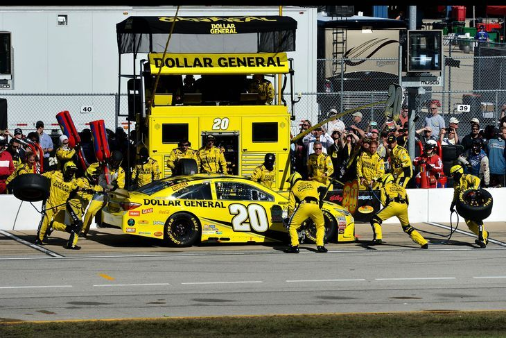 Pin By Deborah Mann On Nascar: Matt Kenseth Tops NASCAR Chase Standings