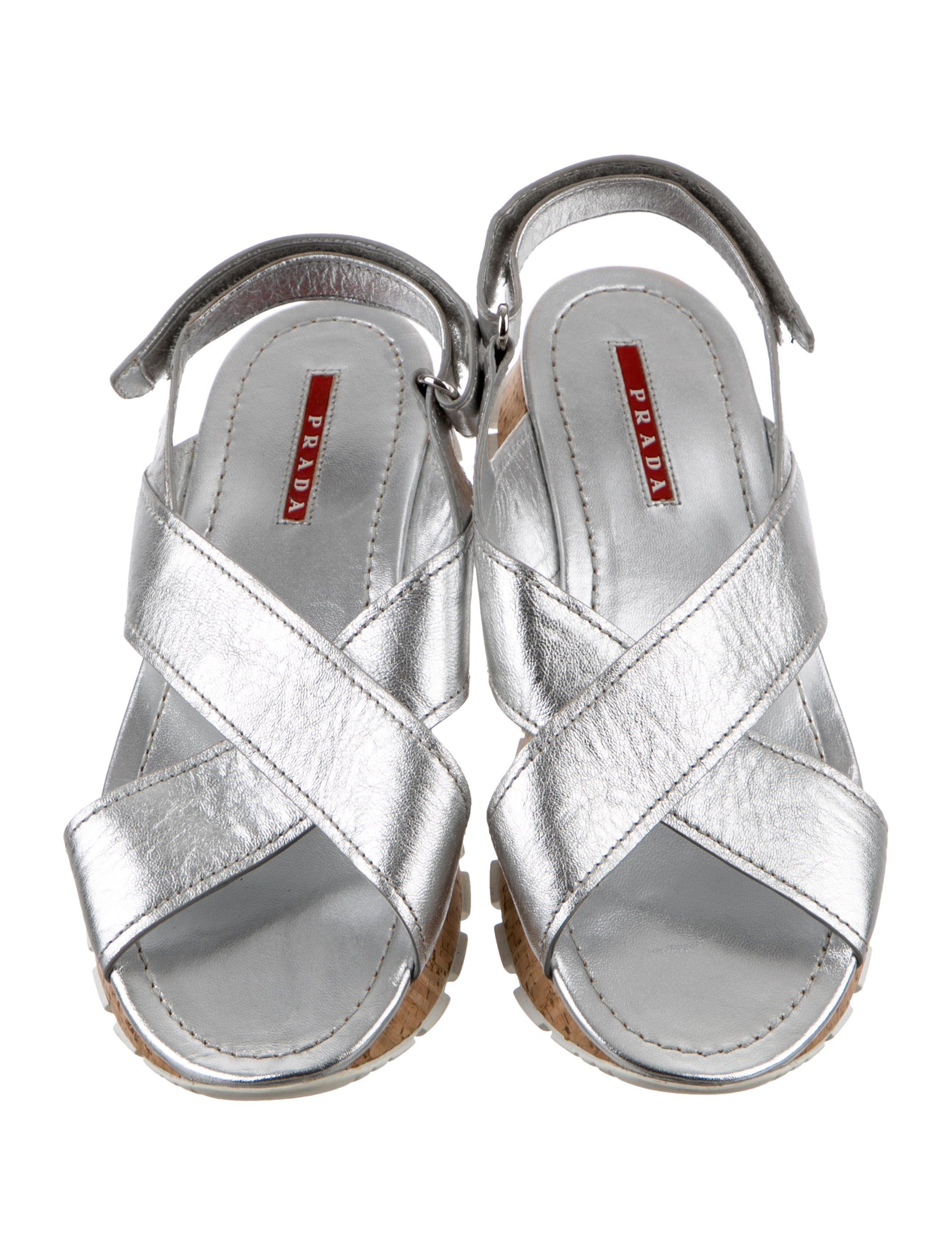 903b996d79 Metallic Crossover Slingback Sandals | Diy furniture in 2019 ...